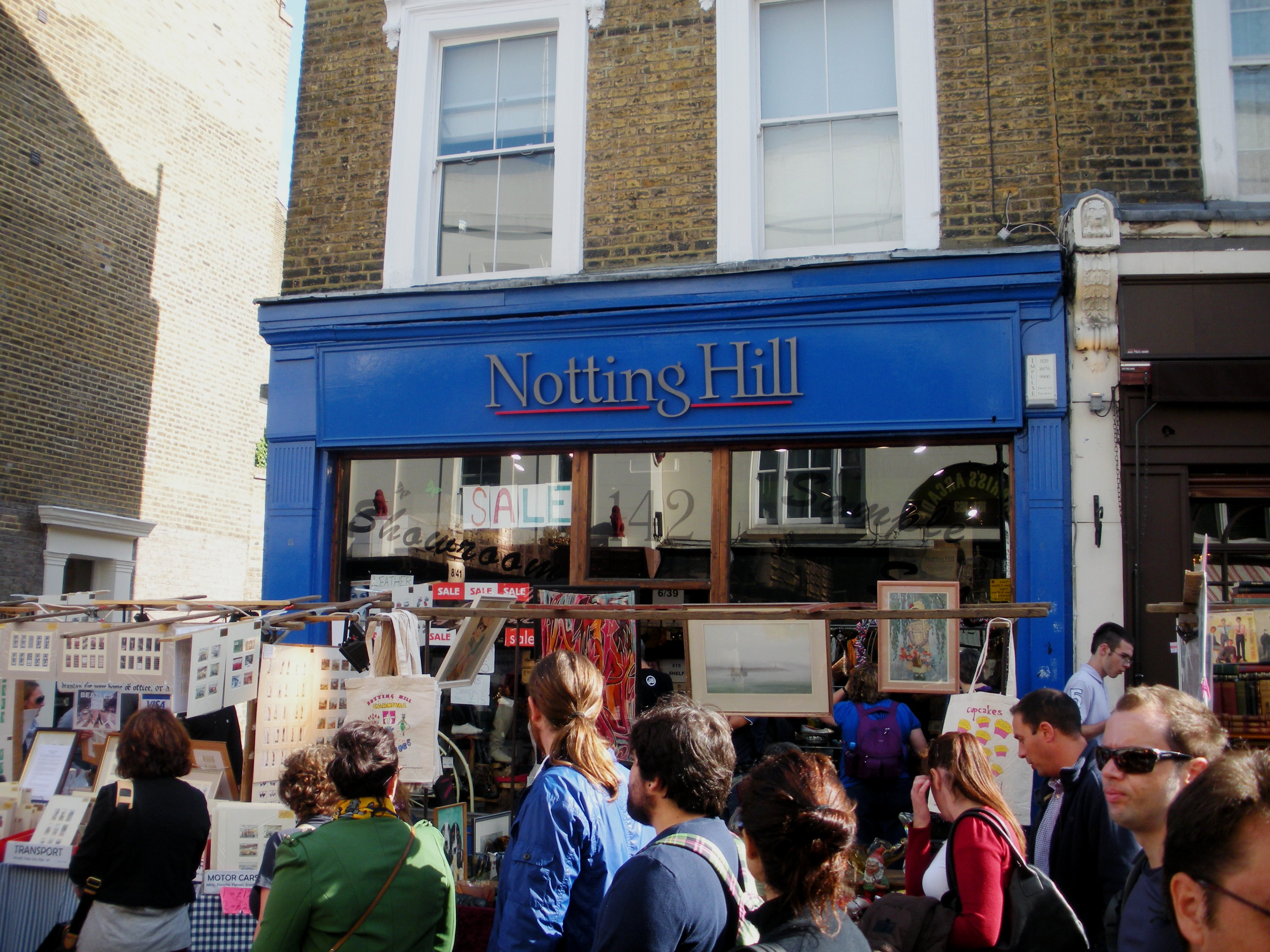 a day in london the portobello road market at notting hill mark 39 s travel journal. Black Bedroom Furniture Sets. Home Design Ideas