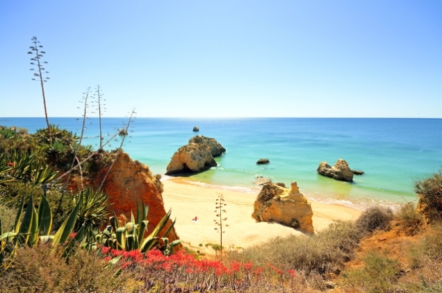best-beaches-in-portugal-auto-europe