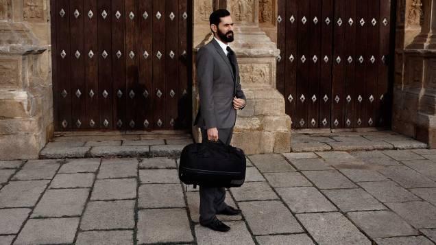 Slicks Bag as a briefcase