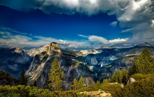 A beautiful view of Yosemite Falls